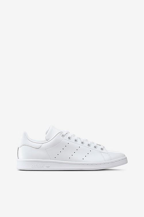 Adidas-originals Kengät netistä - Ellos.fi e7f2f5186e