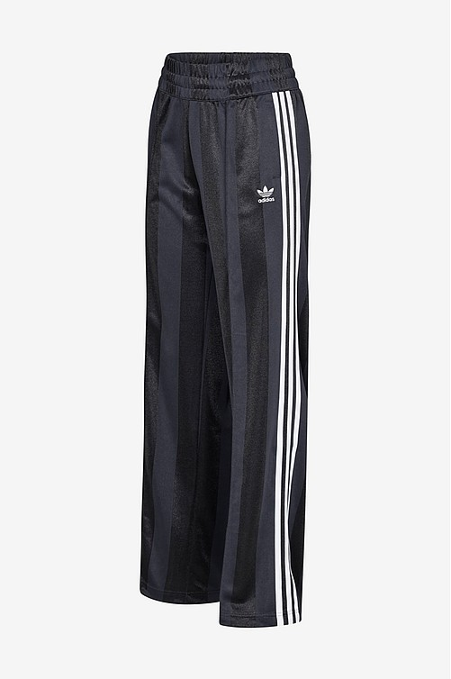 adidas Originals. BB Track Pants treenihousut 230767da06