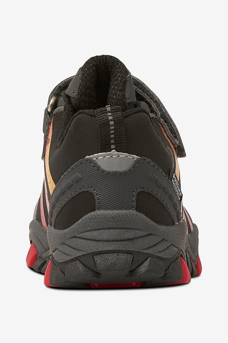 Sneakers af vandtæt softshell