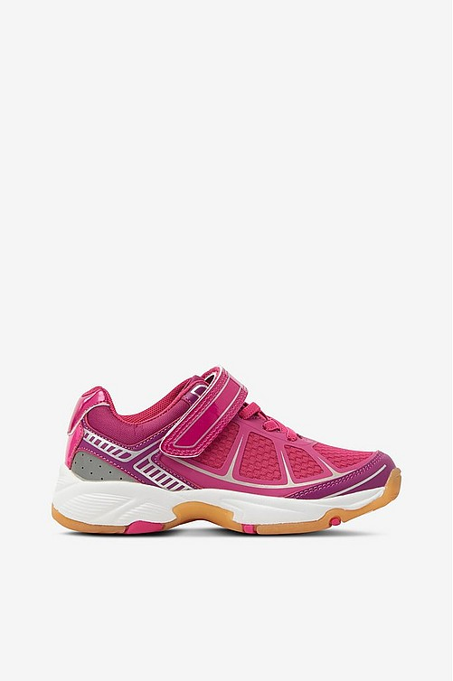 pink and yellow adidas tennis shoes, Norte dame fighting