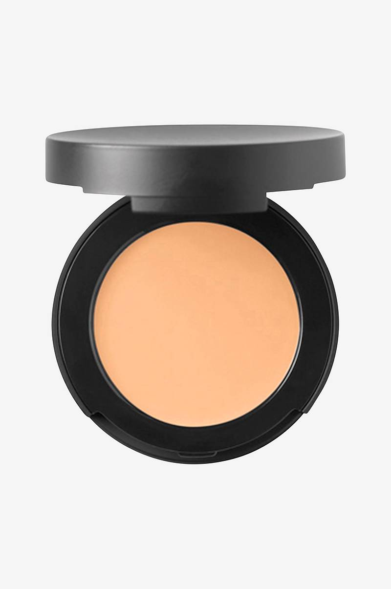 Correcting Concealer Light 2