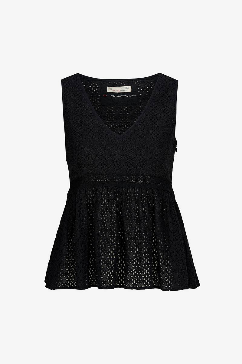 Top Solo Sleeveless Blouse
