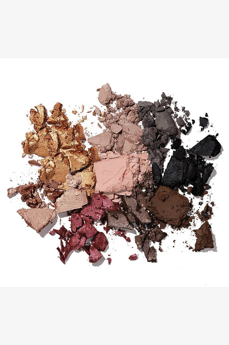 Pretty. Fun. Fearless Eyeshadow palette