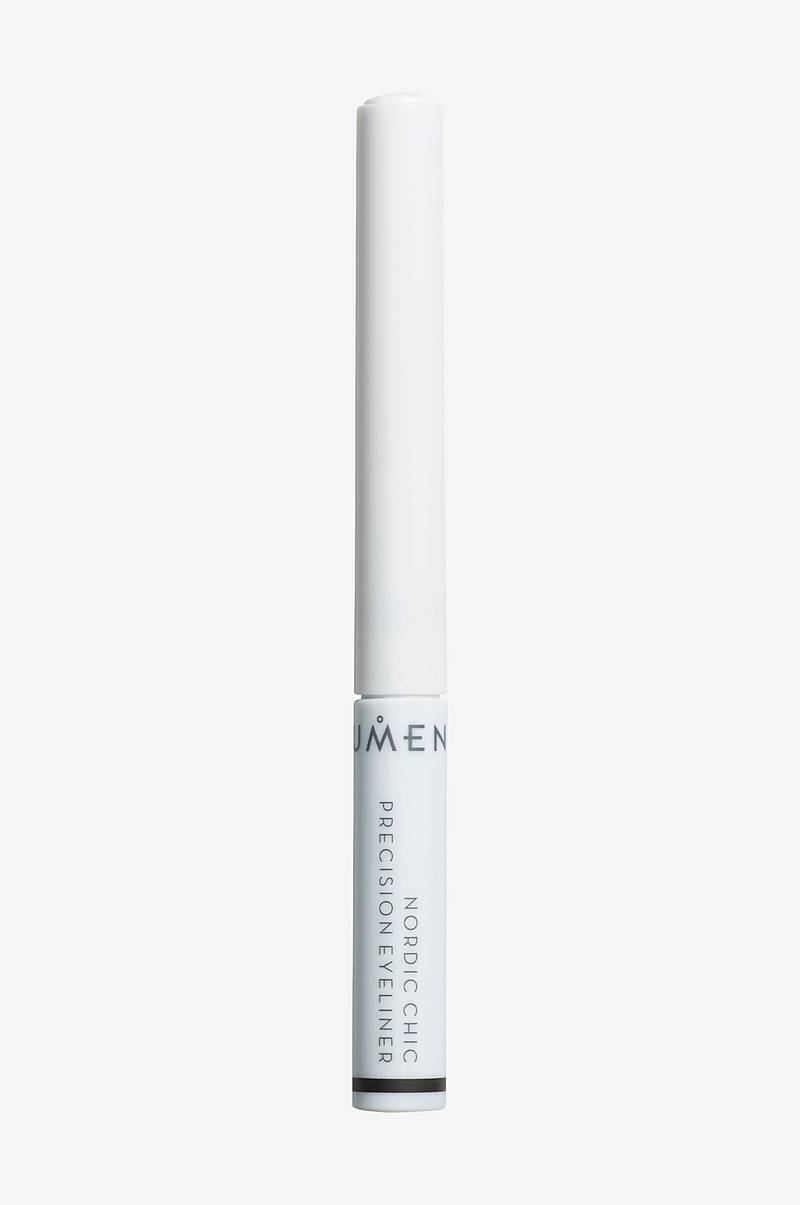Nordic Chic Precision Eyeliner