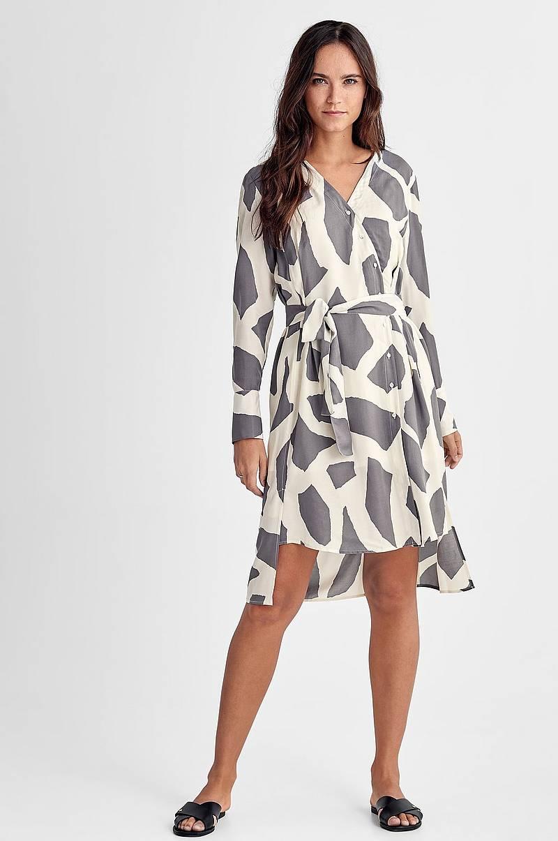 Klänningar i olika färger - Shoppa klänning online Ellos.se 259981a9d01f2