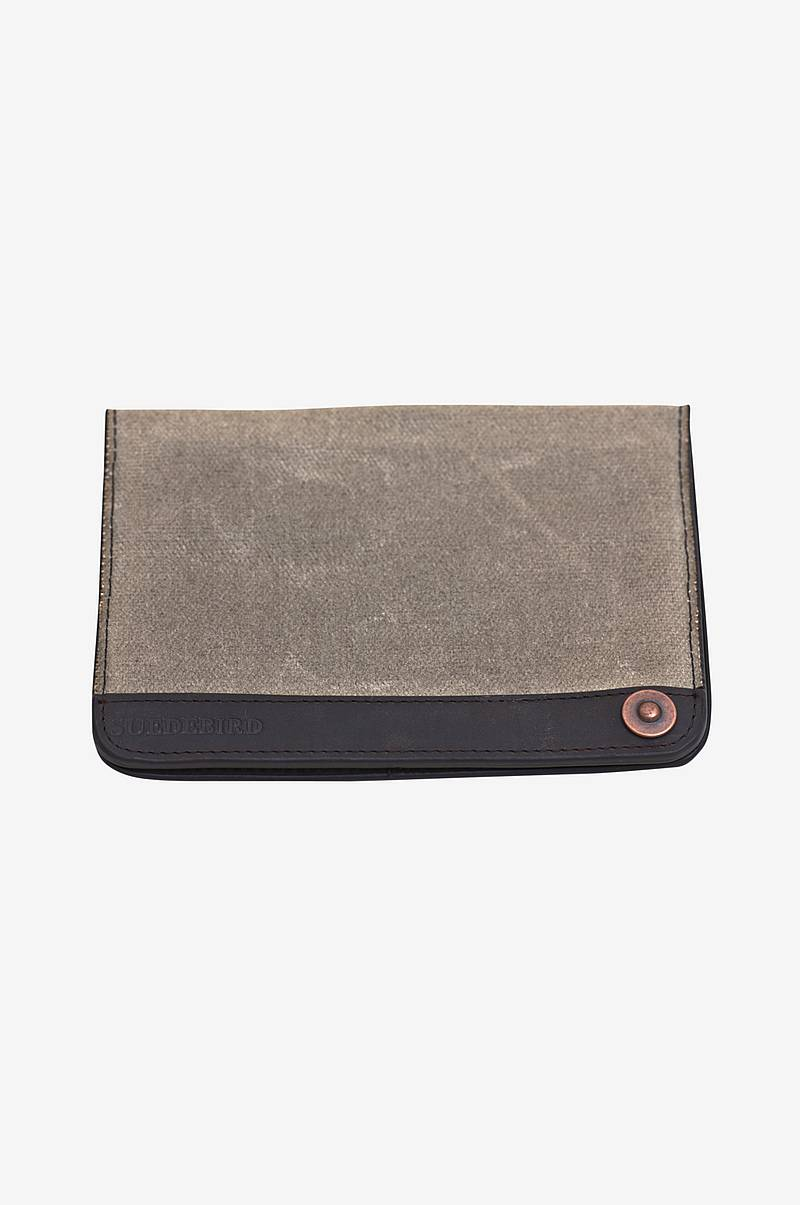 Pasetui Keaton Passport case