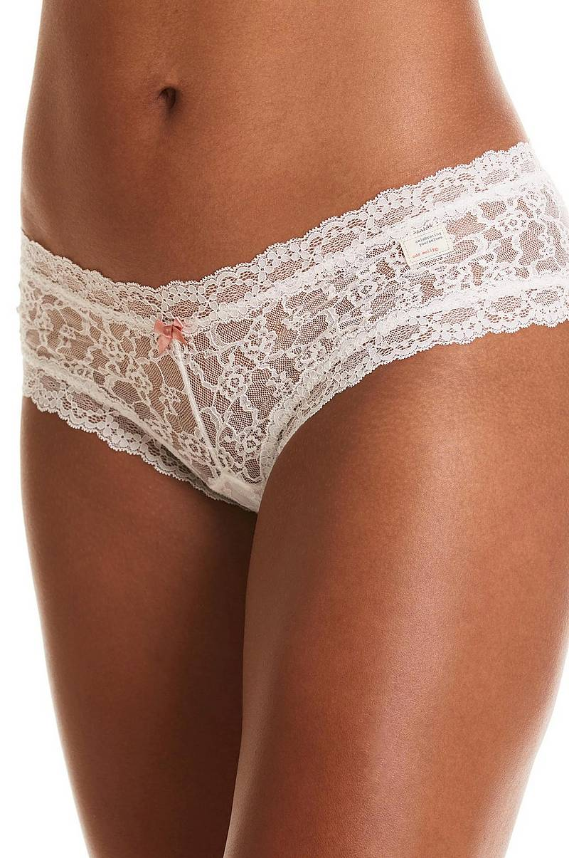 Lace Oddity hipsterit