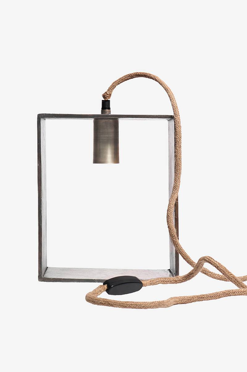 Bordslampa Raw Box 26cm