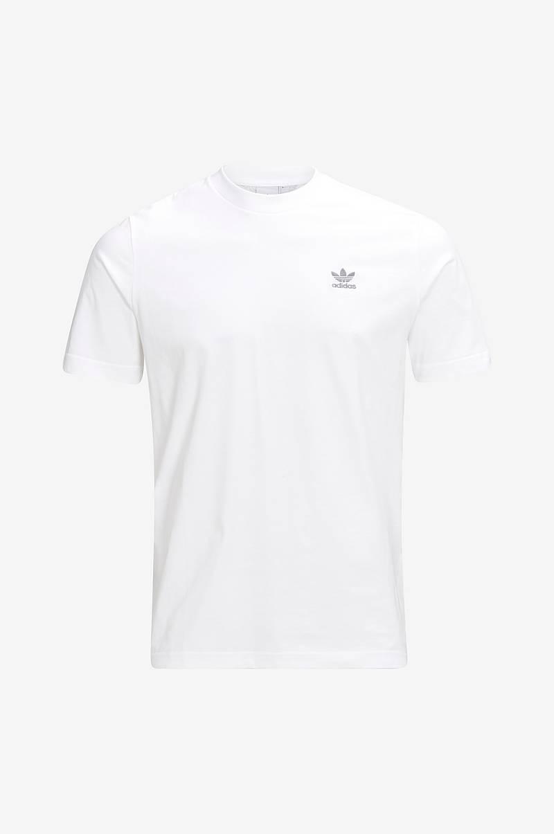 online retailer fe29c 1cc6f adidas Originals. Sporttofflor Adilette Slides. 399SEK. T-shirt Monogram Tee