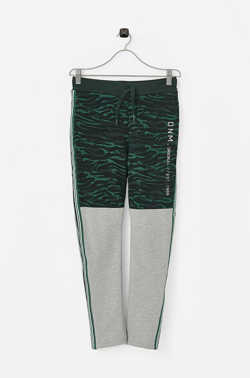 Collegehousut nkmLivan Sweat Pant