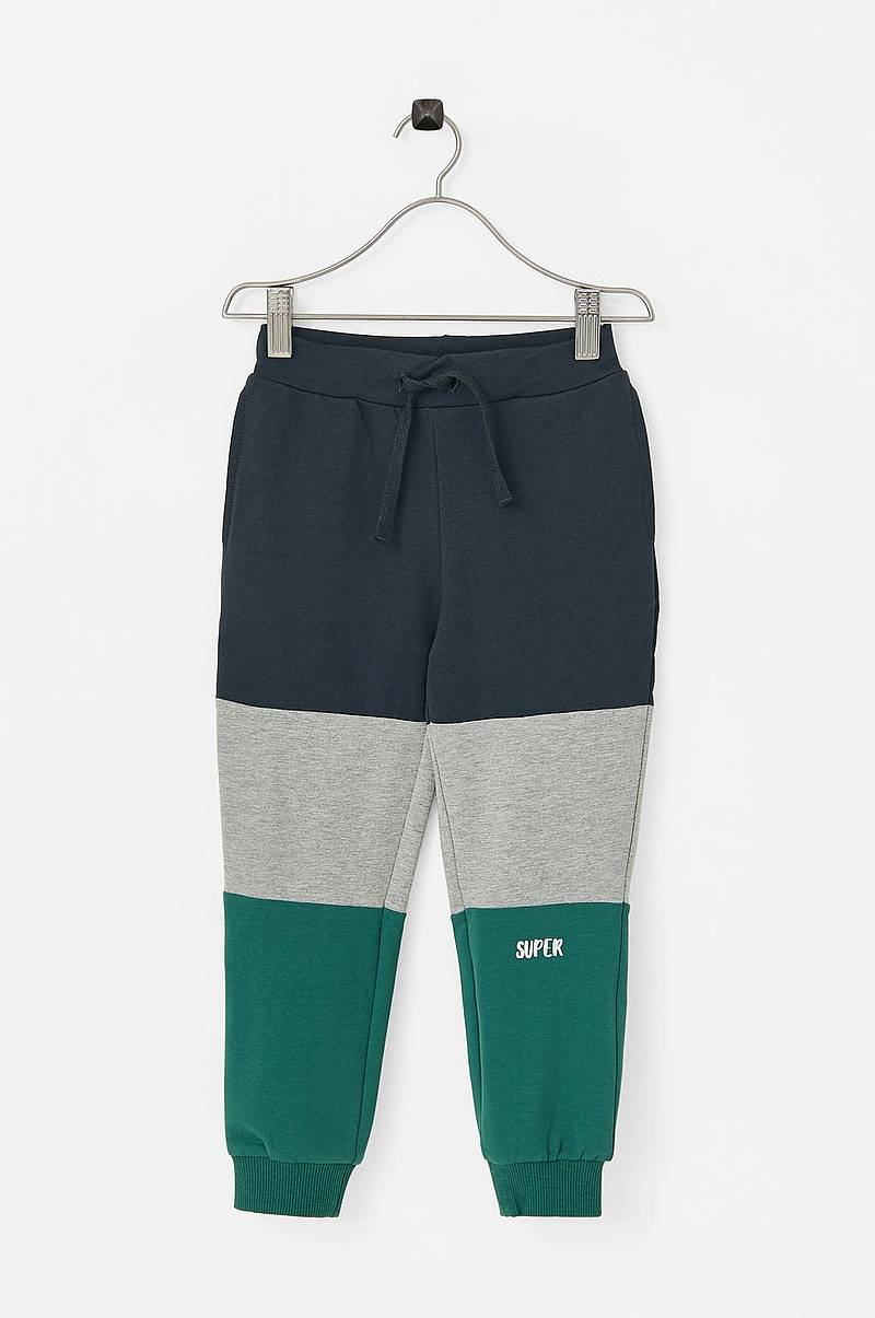 Collegehousut nmmKitto Sweat Pant unb