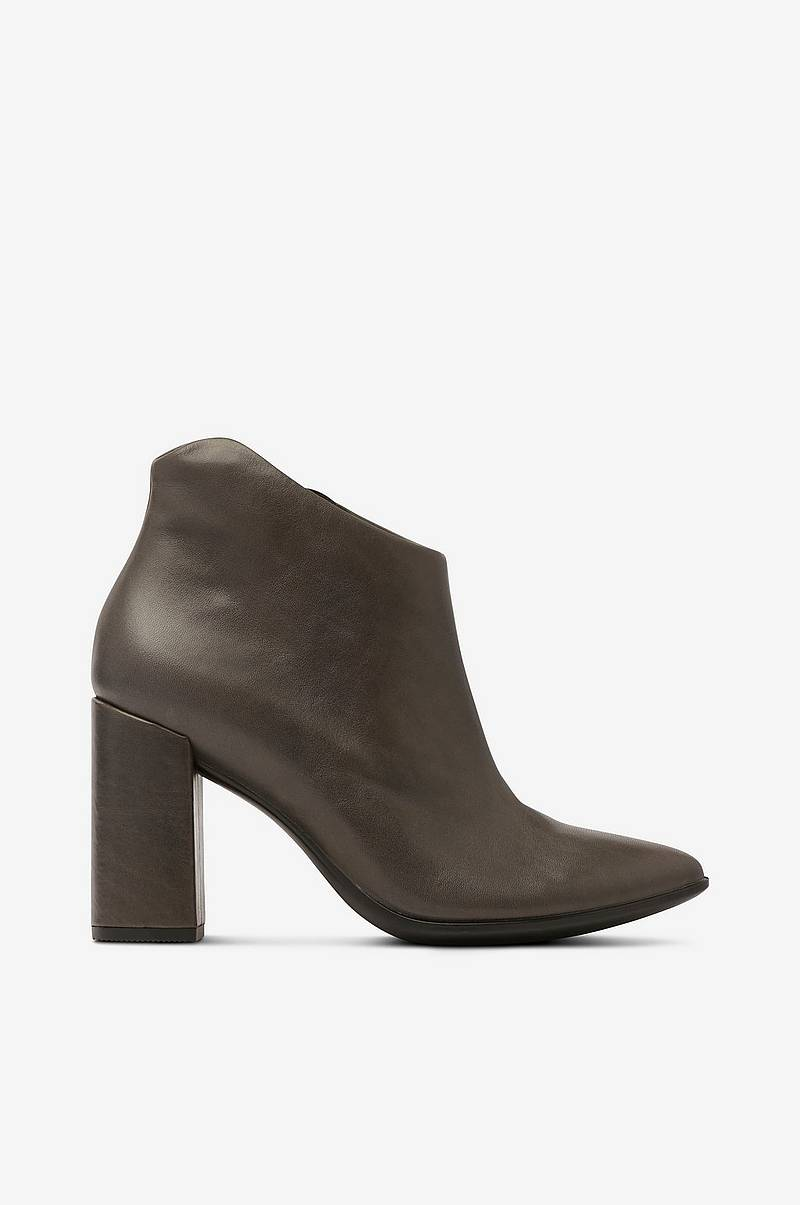 Boots Shape 75 Pointy Block