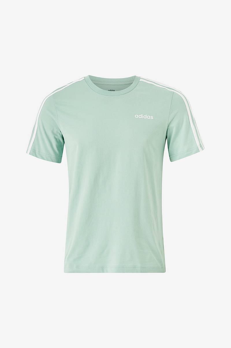 3 stripes back on Brazil shirt? Adidas makes Brazil move