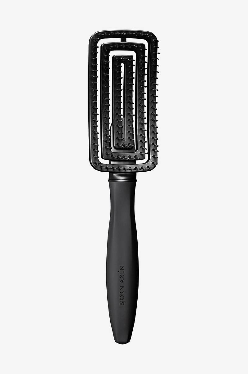 Wet Hair Brush Detangling & Blowout