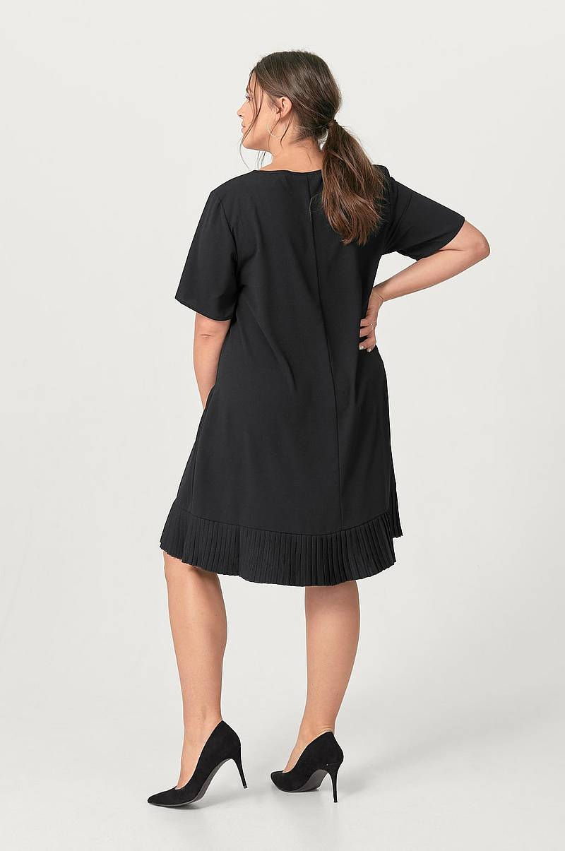 Kjole xAda Knee Dress