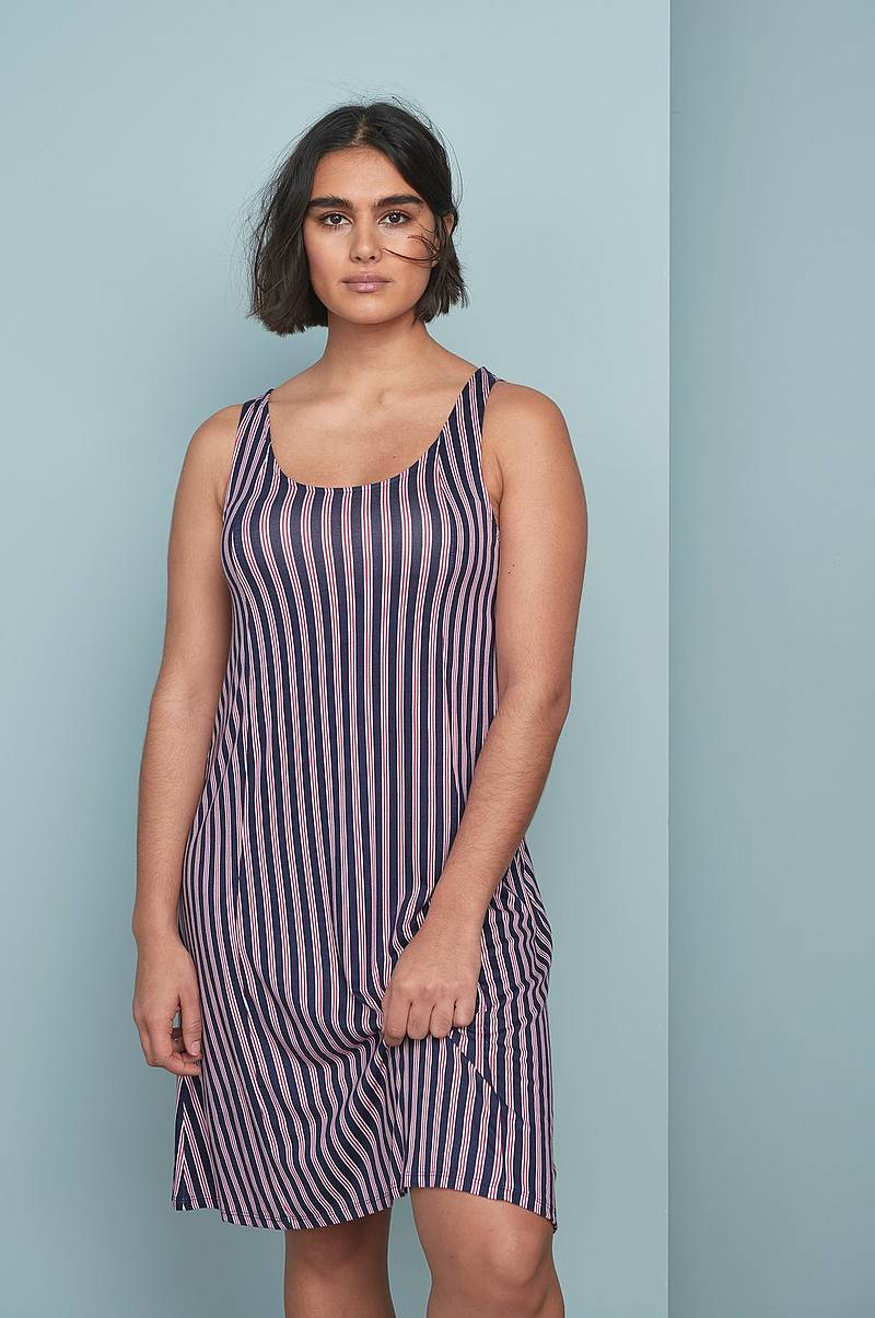 Strandklänningar i olika färger - Shoppa online Ellos.se 7114e248a12dd