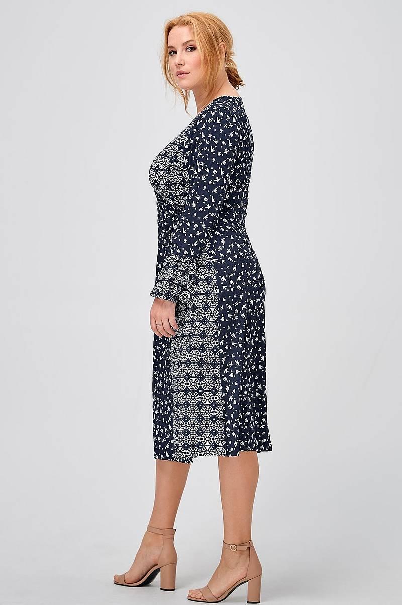 63fc7bcf06c5 Grön klänning vero moda