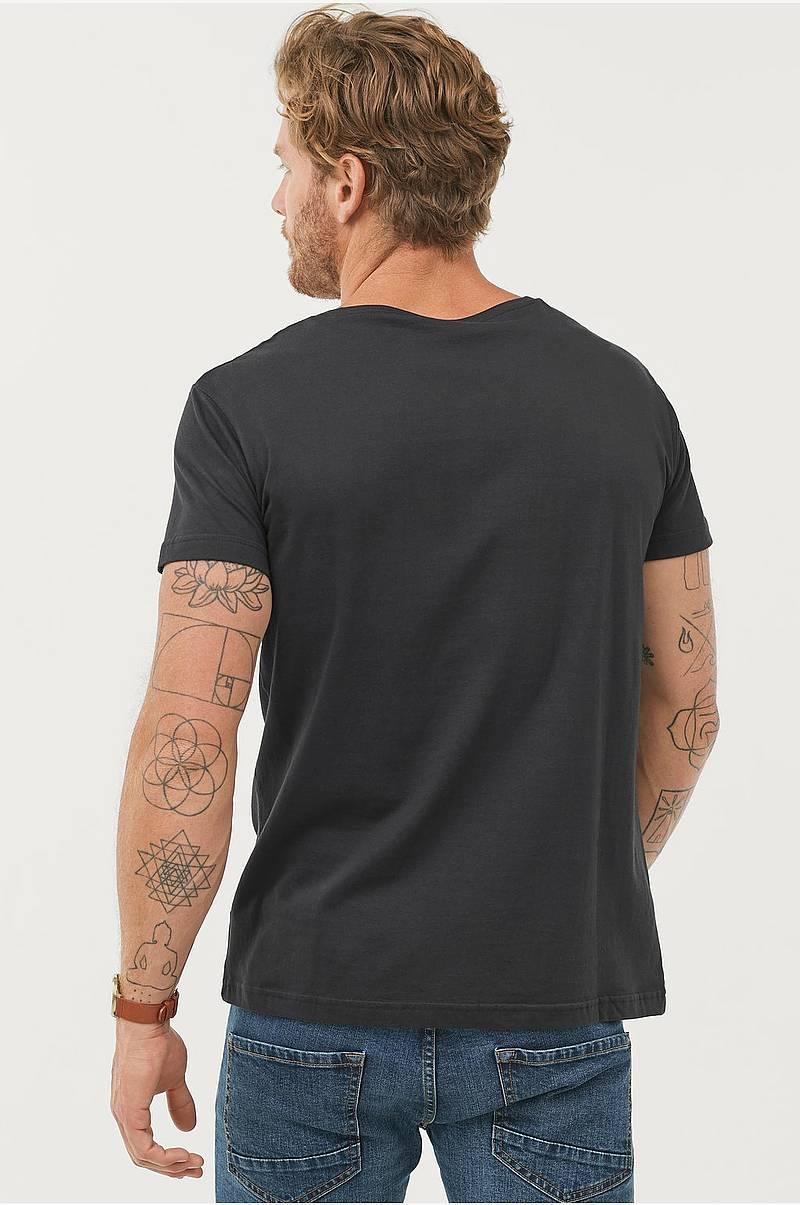 95807af8 T-shirt med rund hals