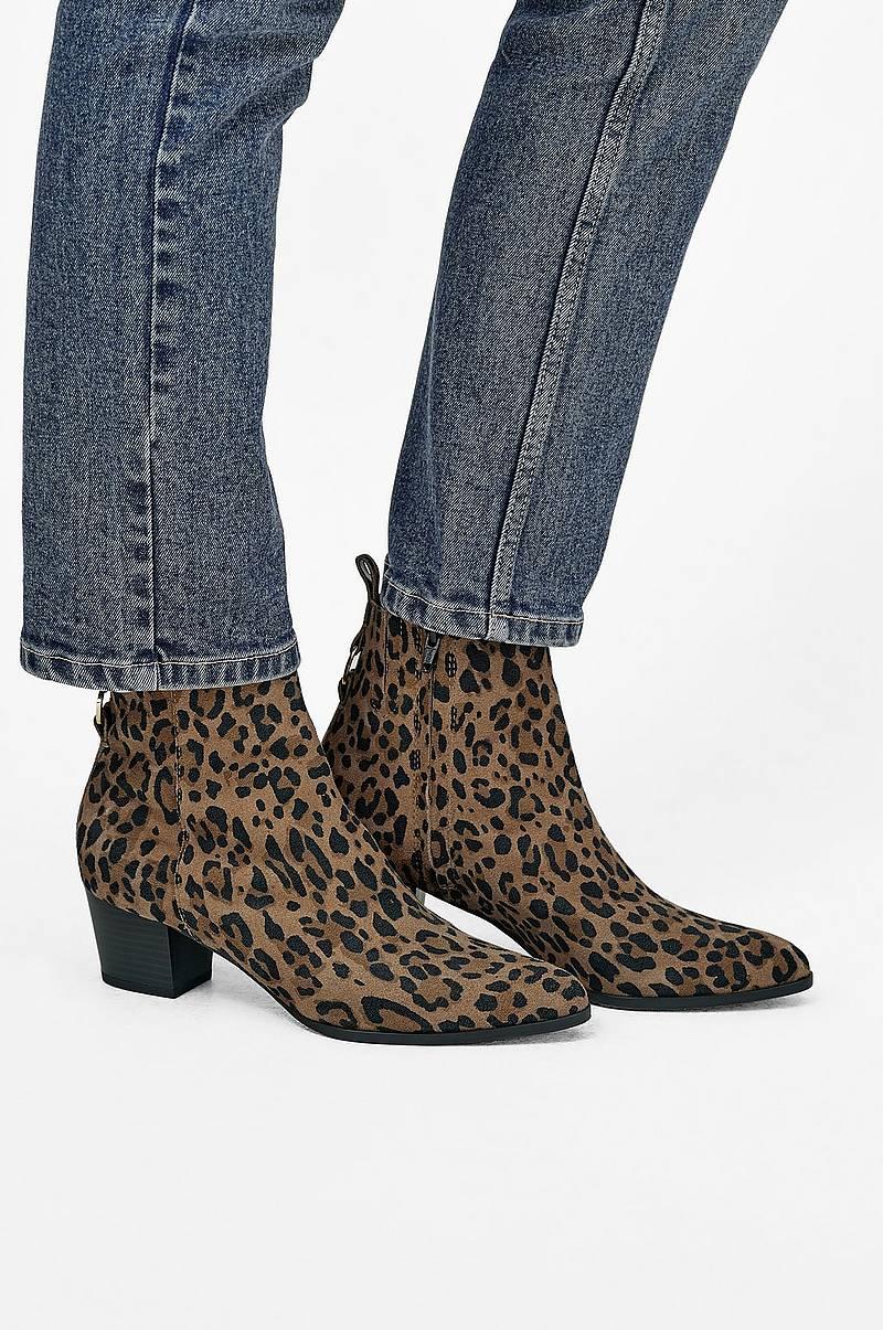 f05028afe99 Boots & kängor online - Ellos.se