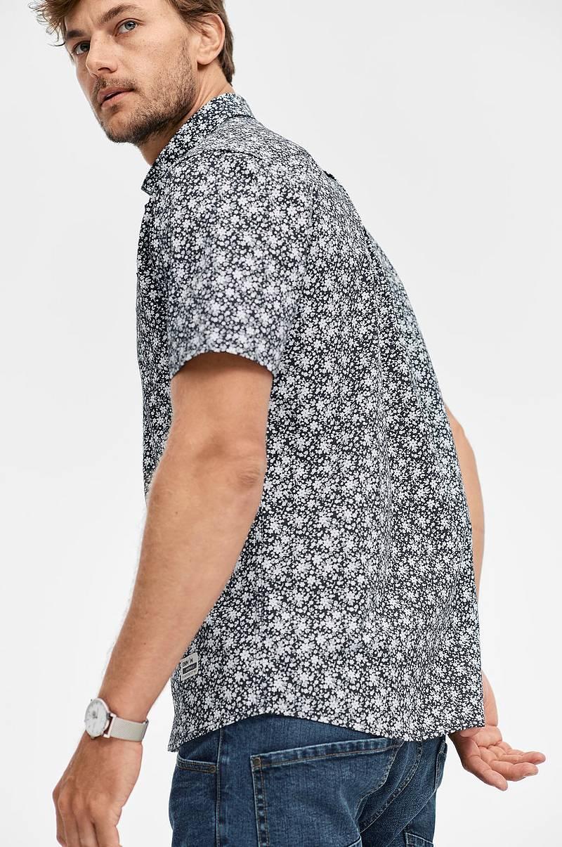 c4382623 Skjorte i mønstret bomull