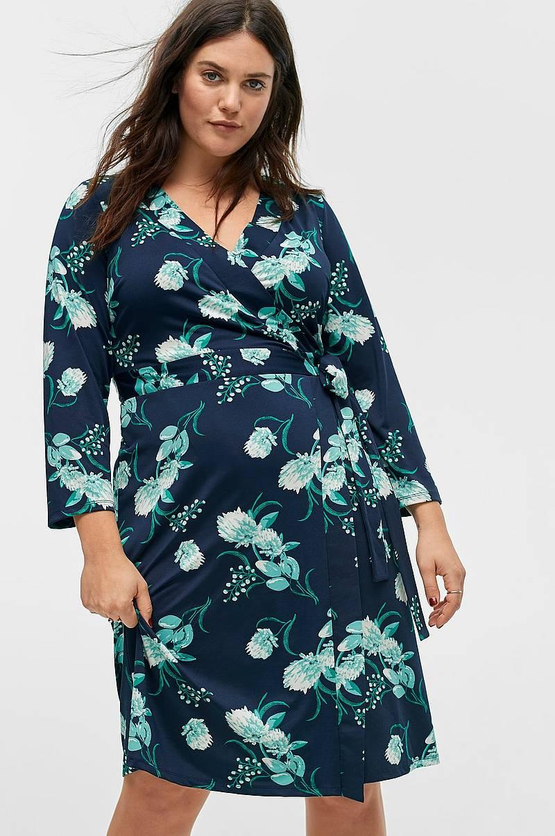 1d9e8436a04d Slå om-kjole Macy