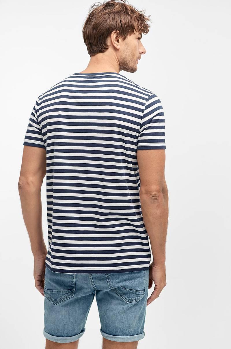 9f160a6e T-shirt