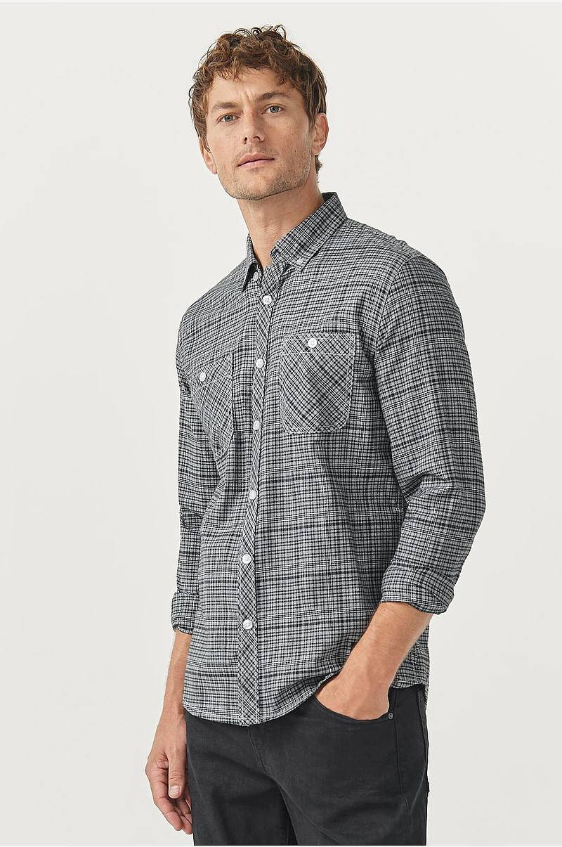 Rutete skjorte med button down-krage