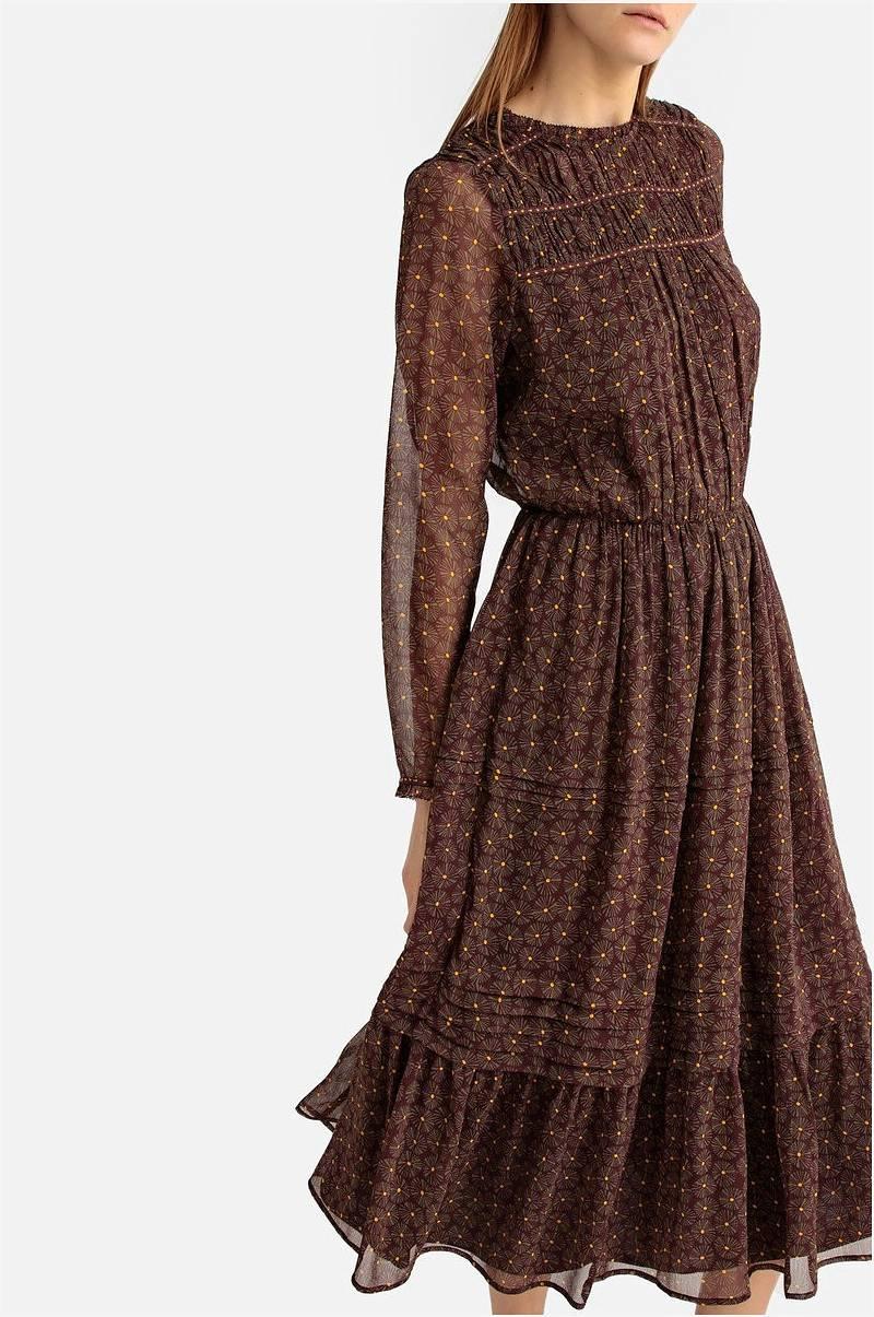 Kjole med smock   Kjoler, Kjole og Talje