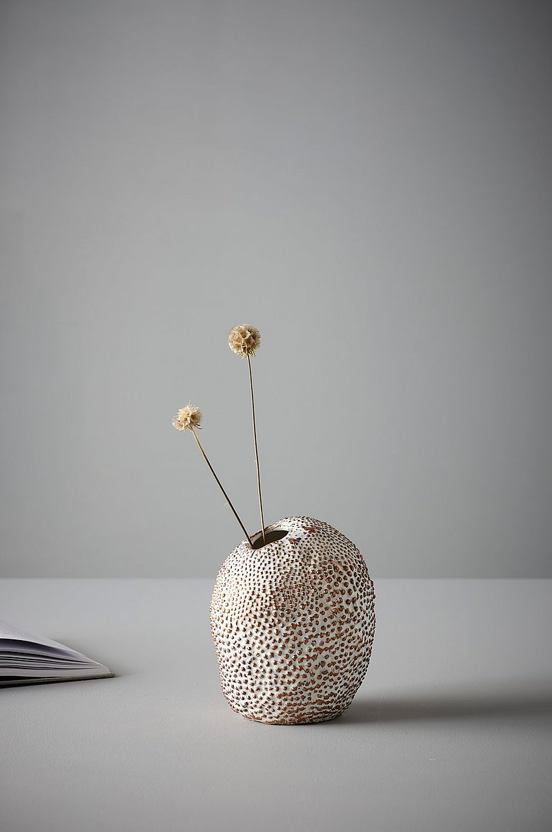 PEBBLES vase - medium