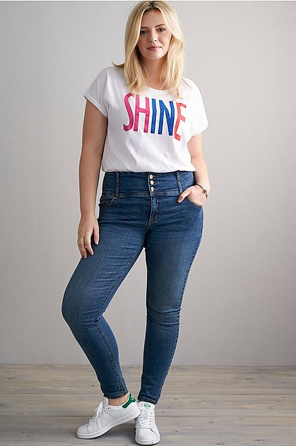 e5fd4dd41697 Shaping jeans, 499 SEK