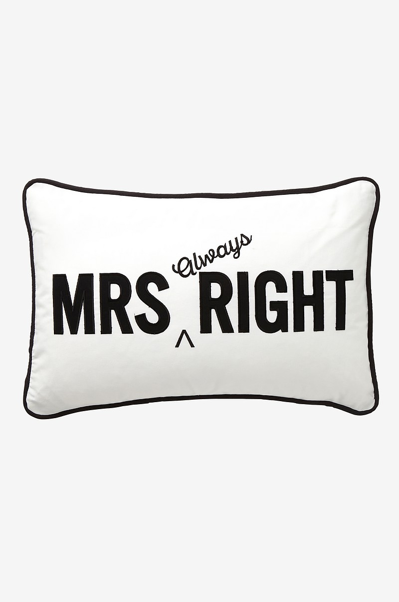 Mrs Always Right Collection Review: Leila's General Store Kuddfodral Mrs Always Right