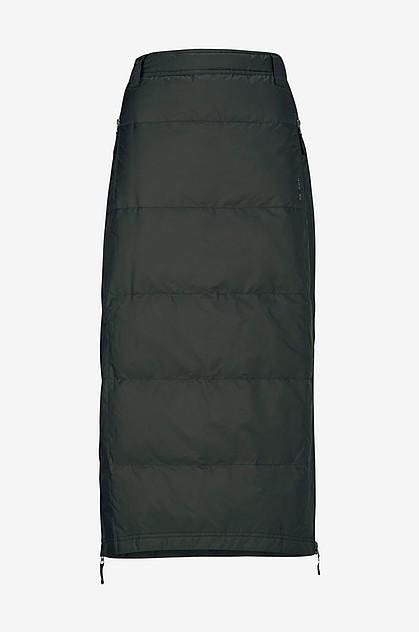 103a3e95 Juki skrev: Soveposetøj til kvinden der gerne vil gå feminint klædt, men  samtidig har brug for at kunne holde varmen og have det rart imens ...