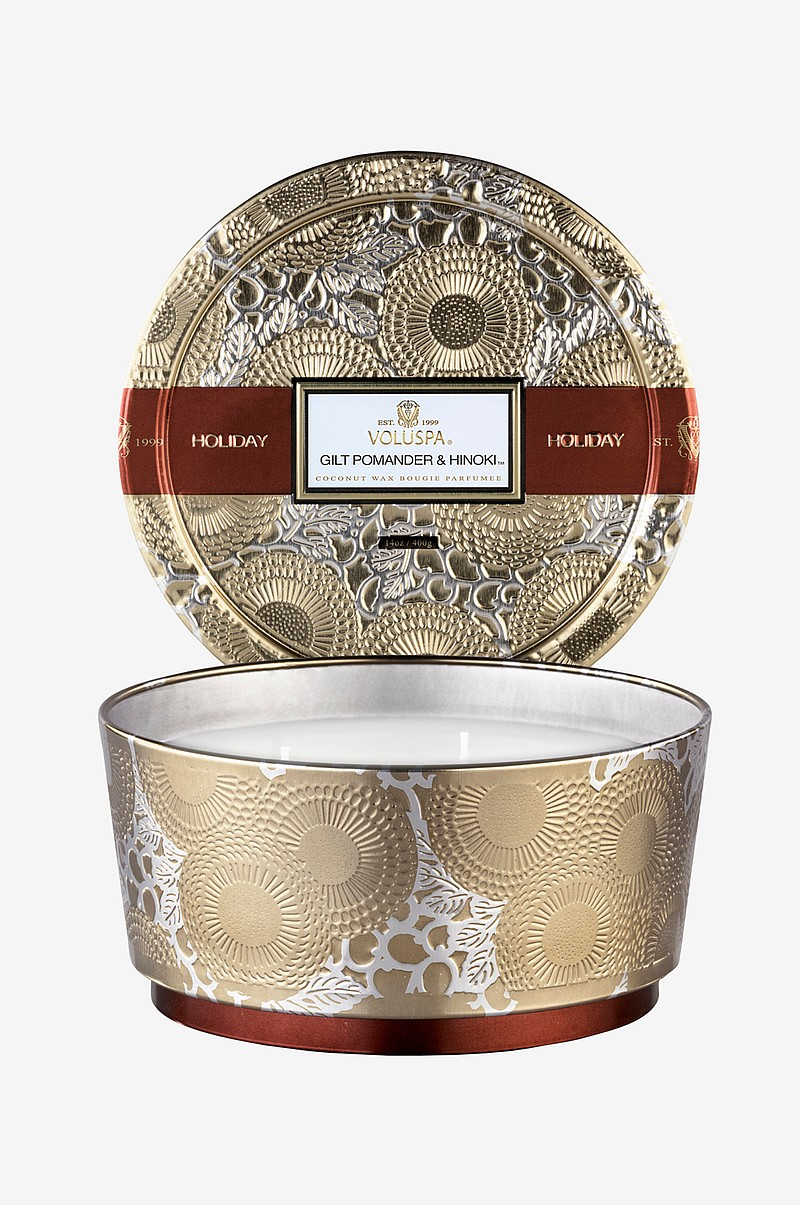 Japonica Holiday 3-wick Pedestal Candle in Decorative Tin 400 g