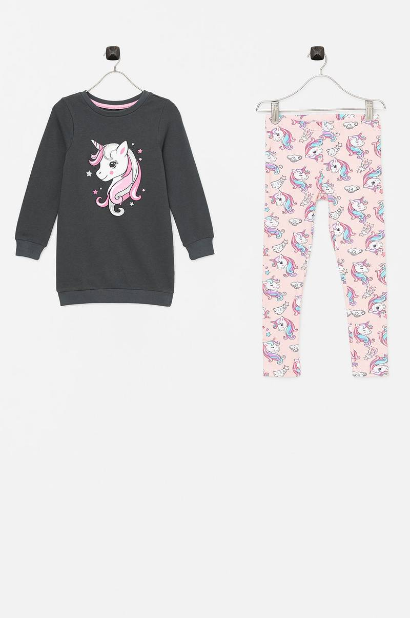 Set Tara med sweatshirt och leggings