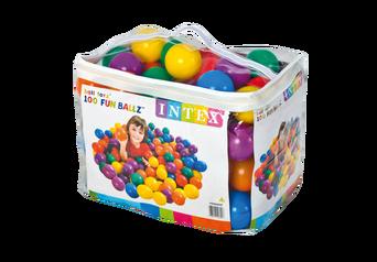 100 muovipalloa ja laukku