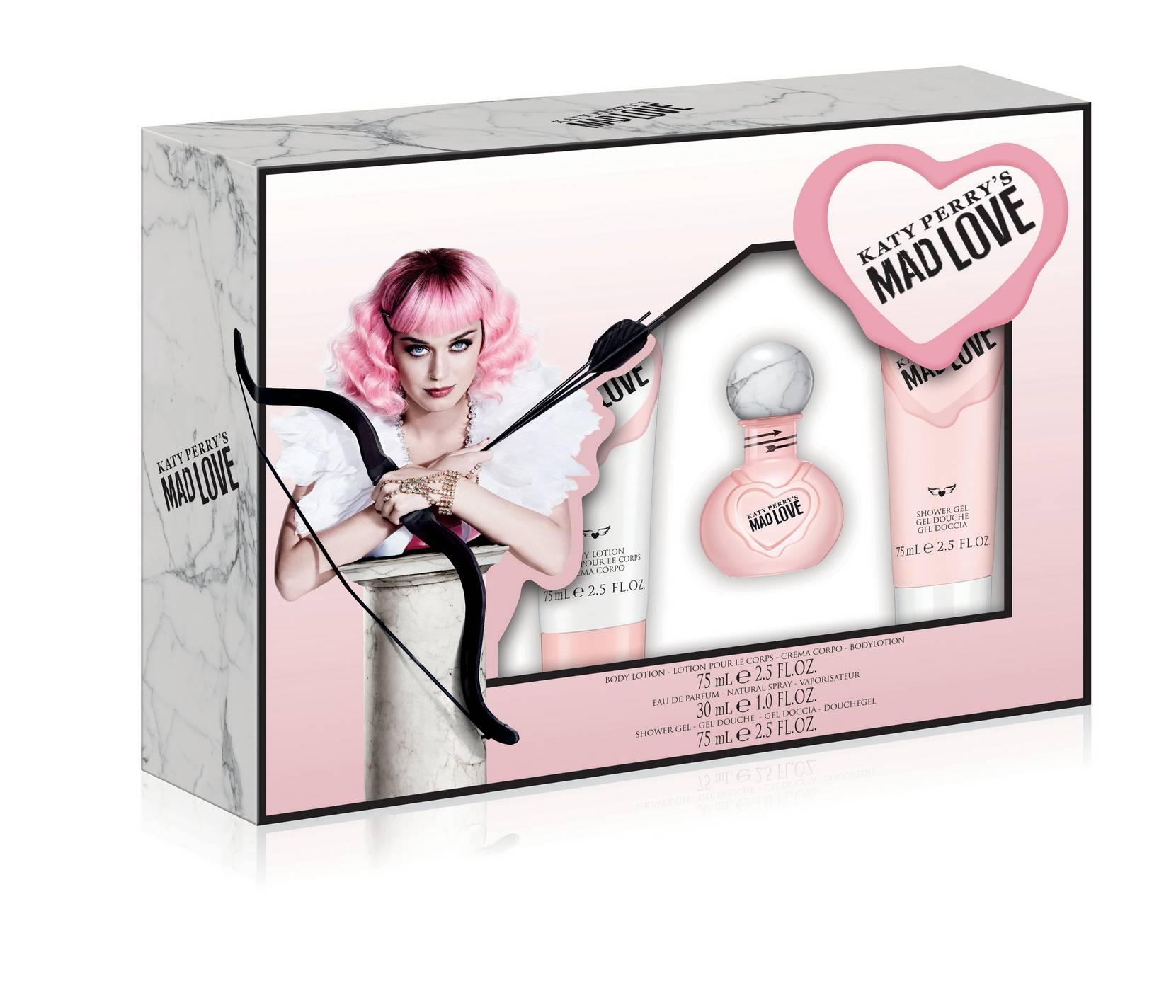 Mad Love -lahjapakkaus: Edp 30 ml + Shower Gel 75 ml + Bodylotion 75 ml
