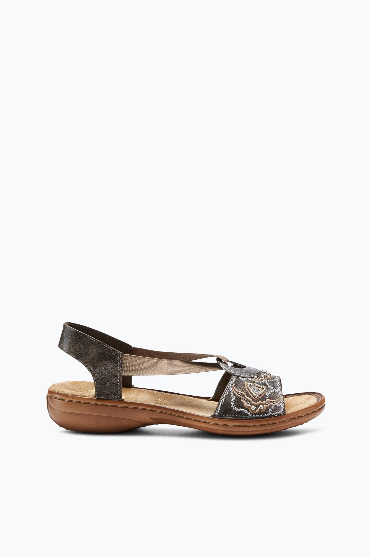 Sandaalit, joissa pintakuvioitu metallirengas