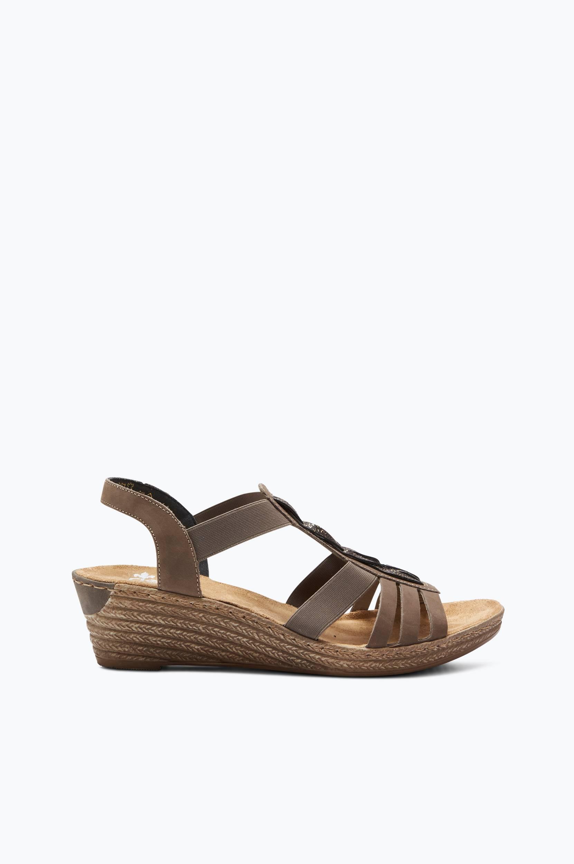 Sandaalit, joissa punottu koriste
