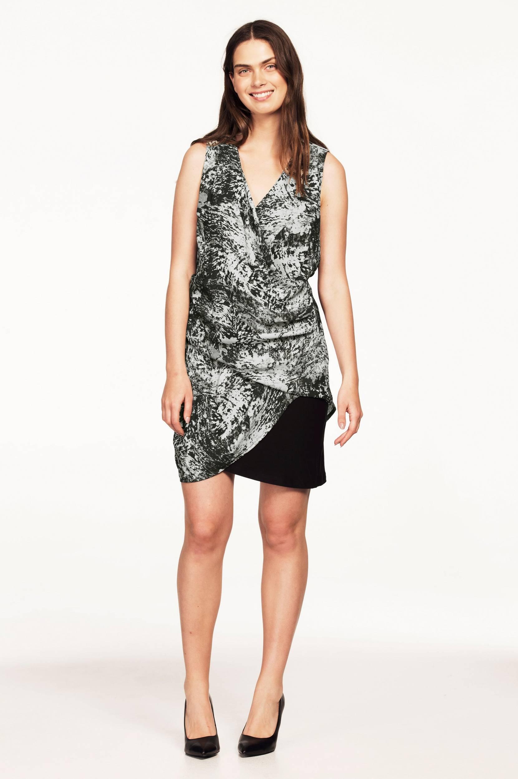Kjole i draperet model Ellos Kjoler til Kvinder i Mønstret