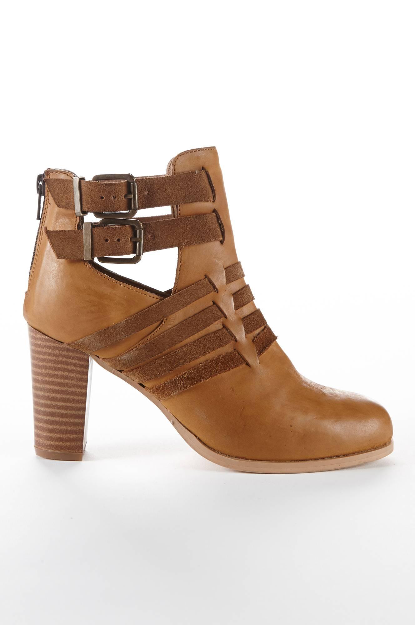 Højhælet støvlet Ellos Festsko & højhælede til Kvinder i Brun