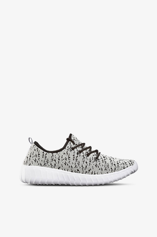 Sneakers strikket i meleret garn