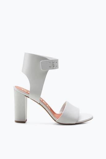 Angelique-sandaletit