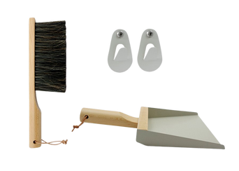 Lahjapakkaus, jossa rikkalapio, harja ja koukut