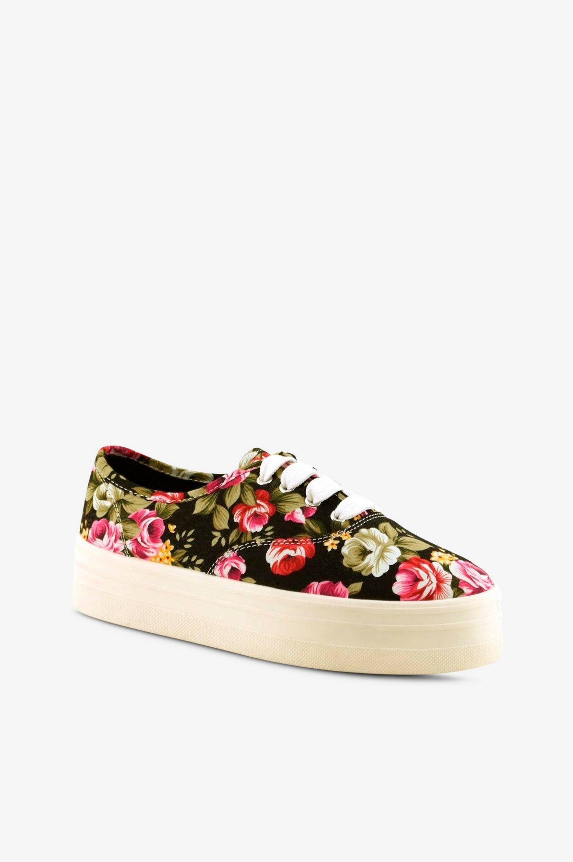 Nuflana-kengät