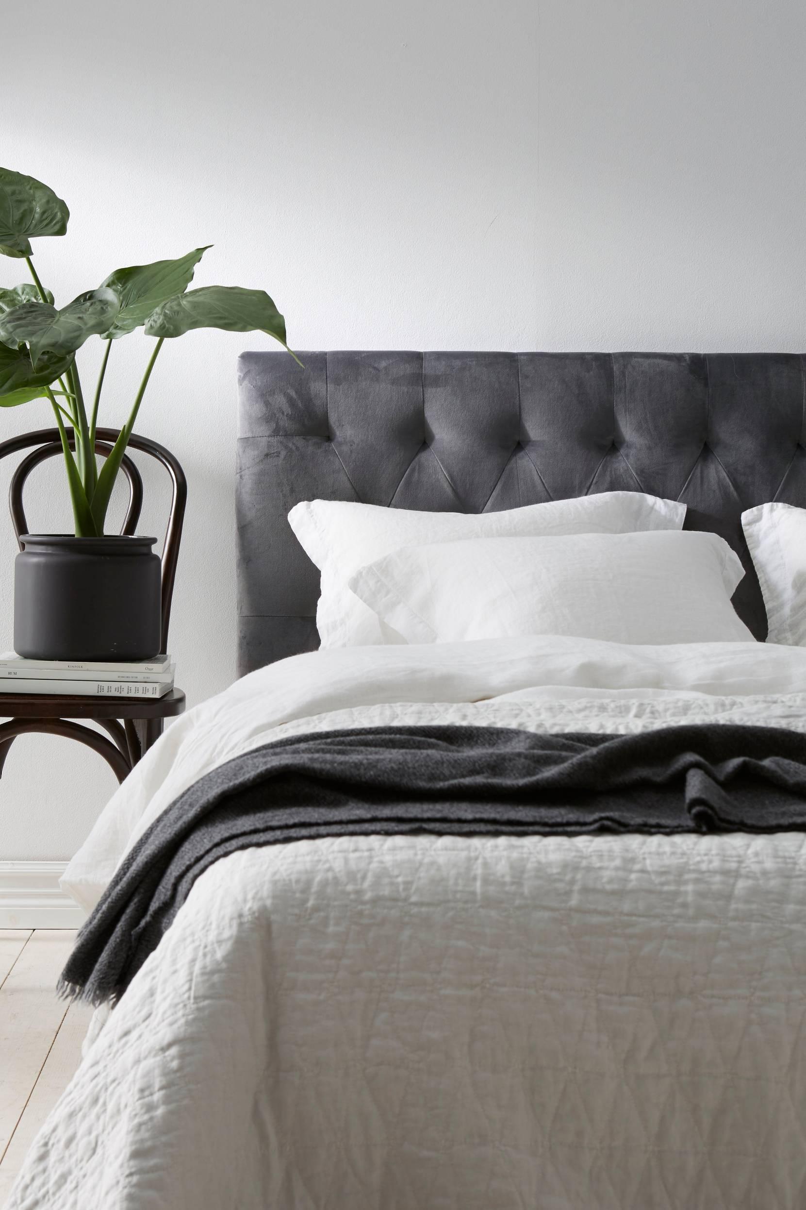 Bella-sängynpääty 180 cm
