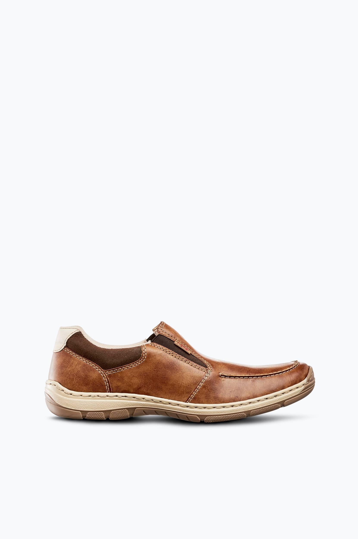 Kengät, pistokasmalli