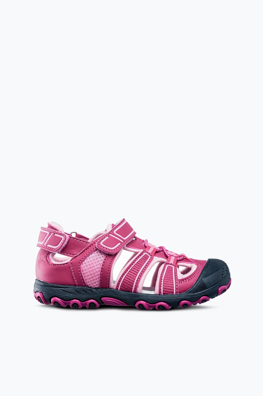 Sporttiset sandaalit