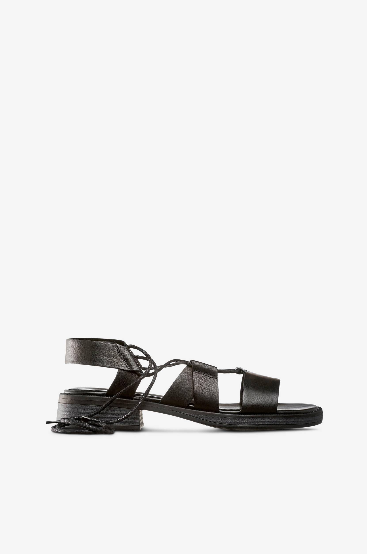 Ivy-sandaalit