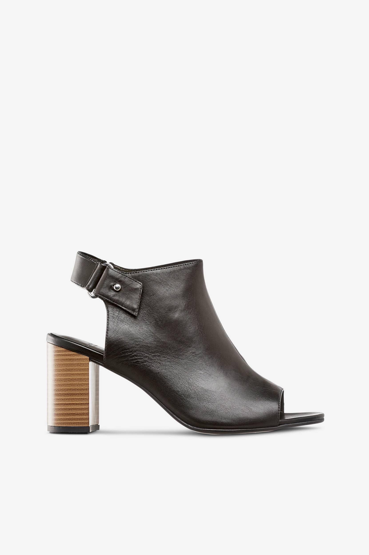 Beatriz-sandaletit nahkaa