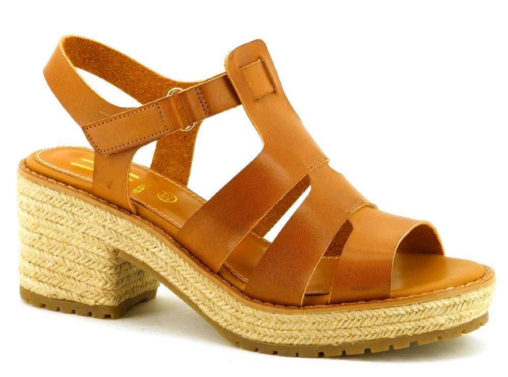 Inde-sandaalit